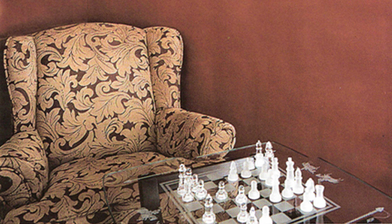 Consumer/Gifts - Chess Set